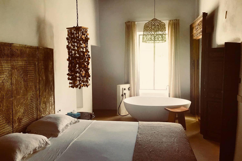 Badmöbel,Badezimmerschrank,Badezimmermöbel - img01 scaled 1